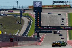 Safety car-fase na de spin van #31 Lotus