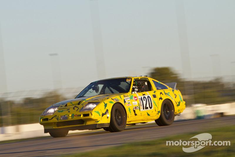 #120 Nissan Z-Car