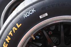 Un pneu