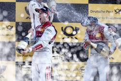 2e plaats Mike Rockenfeller, 3e plaats Timo Scheider
