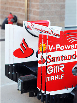 Ferrari F138 rear wing
