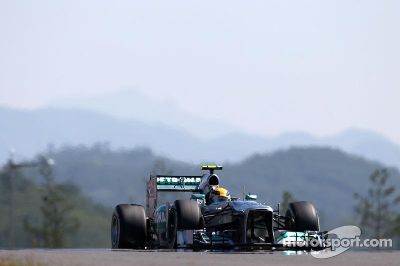Lewis Hamilton,  Mercedes Grand Prix  04