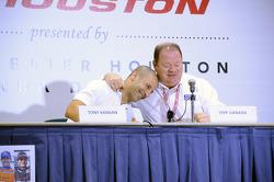 Tony Kanaan and Chip Ganassi
