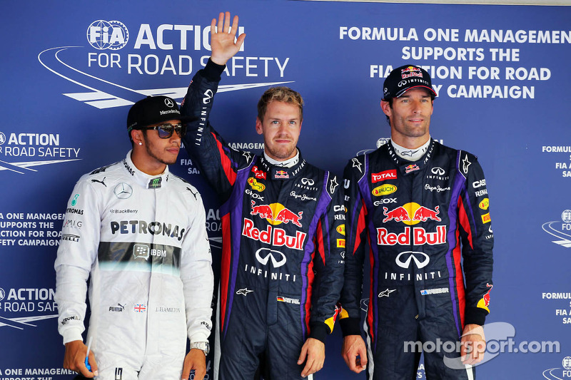 Polesitter Sebastian Vettel, Red Bull Racing, second place Lewis Hamilton, Mercedes AMG F1 W04, thir