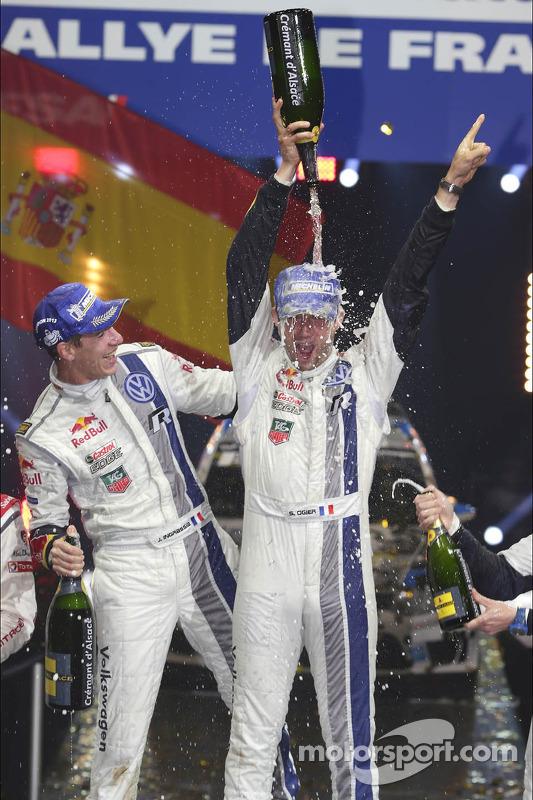 Rali vencedores Sébastien Ogier e Julien Ingrassia, Volkswagen Polo WRC, Volkswagen Motorsport