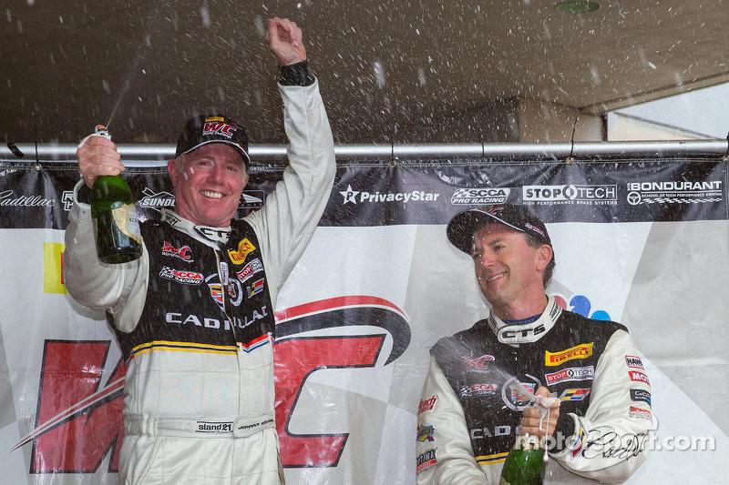 2013 kampioen Johnny O'Connell, met teamgenoot Andy Pilgrim