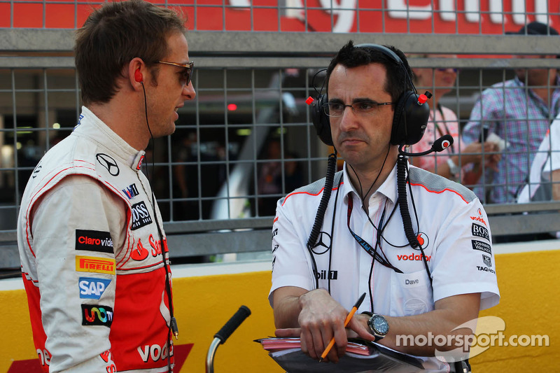 (L to R): Jenson Button, McLaren with Dave Robson, McLaren Race Engineer on the grid