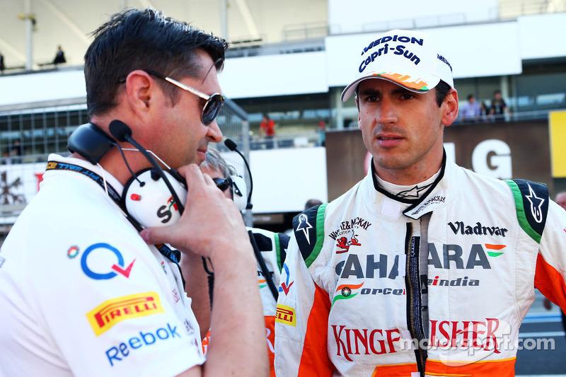 Adrian Sutil, Sahara Force India F1 en Bradley Joyce, Sahara Force India F1 Race Engineer op de grid