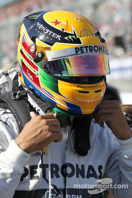 Lewis Hamilton, Mercedes AMG F1 no grid