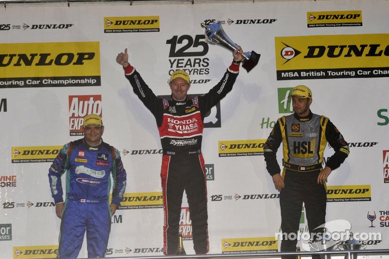 Round 30 Race Winner Gordon Shedden