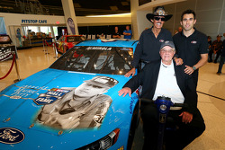 Richard Petty Motorsports to honor Maurice Petty