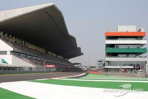 BIC, Track atmosphere