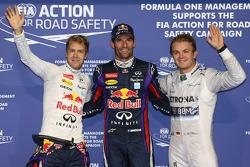 Ganador de la pole Mark Webber, segundo lugar Sebastian Vettel y tercer lugar Nico Rosberg
