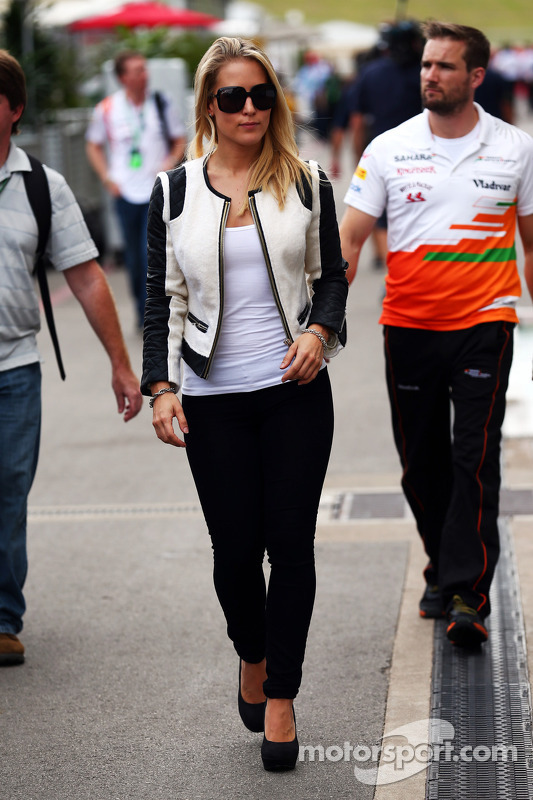 Jennifer Beck, namorada de Adrian Sutil, Sahara Force India F1