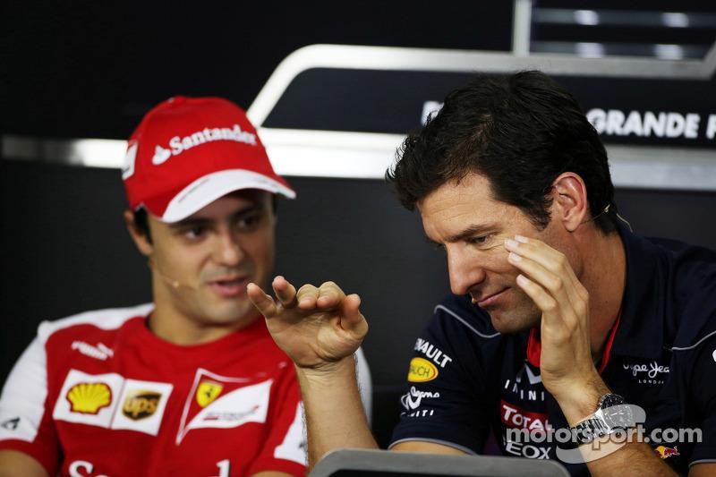 (L naar R): Felipe Massa, Ferrari met Mark Webber, Red Bull Racing bij de FIA-persconferentie