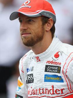 Jenson Button, McLaren op een teamfoto