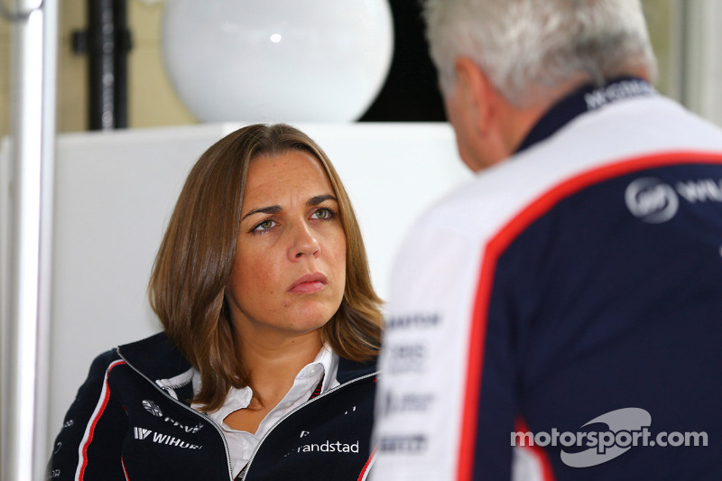 (L naar R): Claire Williams, Adjunct-teambaas Williams met Pat Symonds, Williams Chief Technical Officer