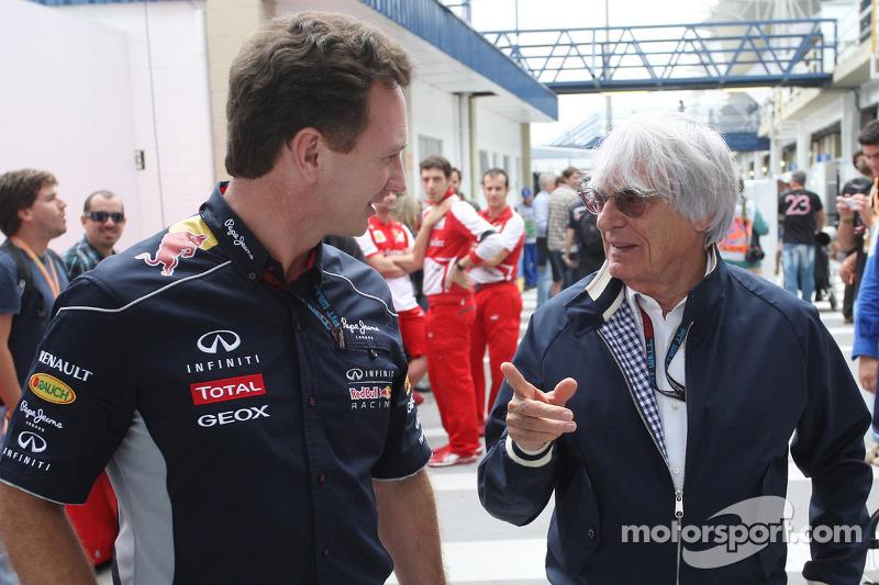 (L naar R): Christian Horner, Teambaas Red Bull Racing met Bernie Ecclestone, CEO Formula One Group