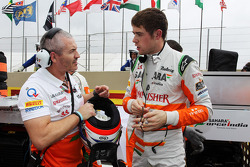 Paul di Resta, Sahara Force India F1 com Gerry Convy, Personal Trainer no grid