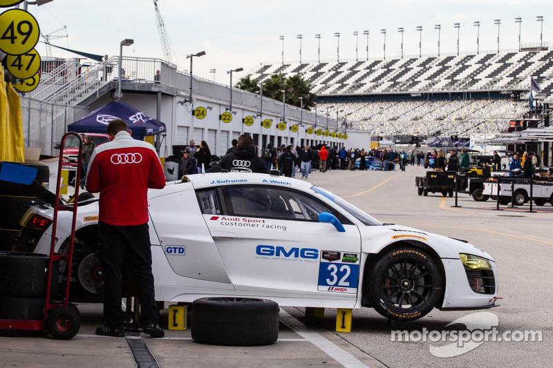 #32 GMG Racing 奥迪 R8 LMS