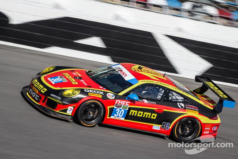 #30 NGT Motorsport 保时捷 911 GT America: 恩里克·西斯内罗斯, 克里斯蒂娜·尼尔森, 尼基·蒂姆, 库巴·吉尔马兹亚克