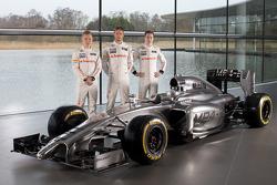 Kevin Magnussen, Jenson Button et Stoffel Vandoorne avec la McLaren Mercedes MP4-29