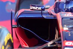 La nuova Scuderia Toro Rosso STR9 viene presentata, la fiancata