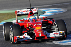 驾驶法拉利F14-T的费尔南多·阿隆索