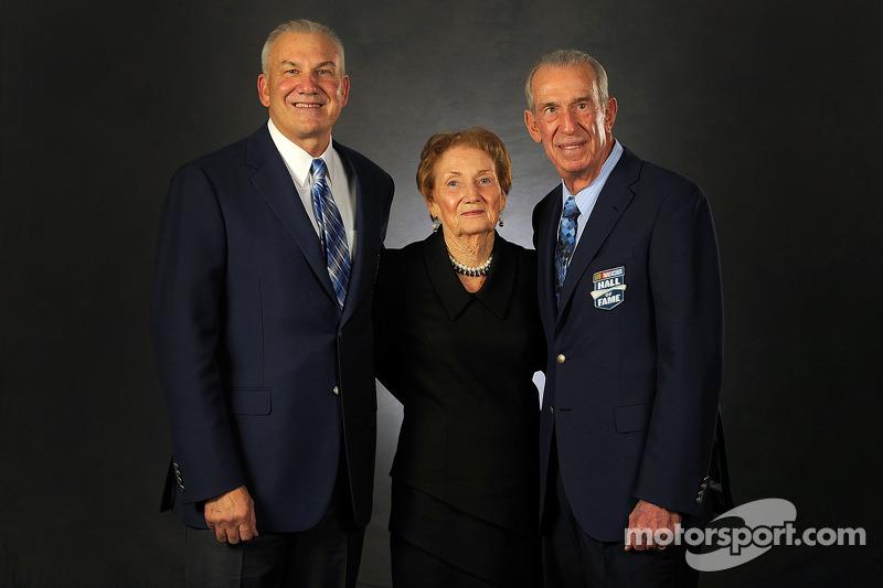 Dale Jarrett et sa mère Martha et son père Ned