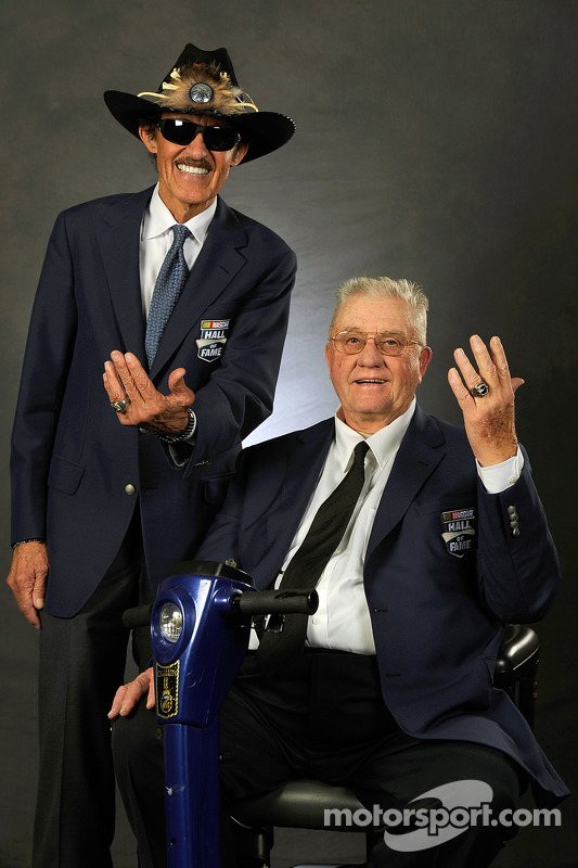 Richard Petty com 2014 inductee Maurice Petty
