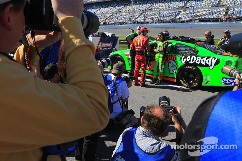 Jamie McMurray, Ganassi Racing Chevrolet e Danica Patrick, Stewart-Haas Chevrolet Corsa