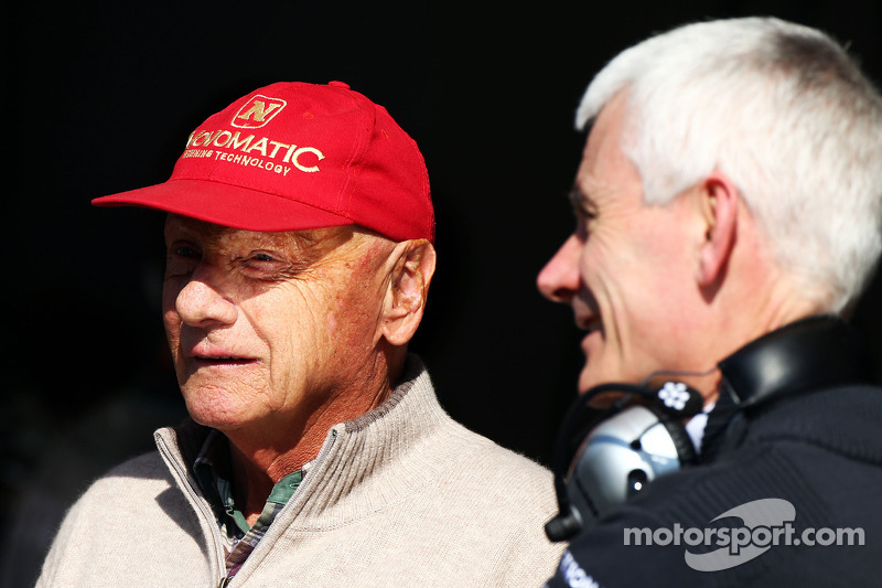 (L to R): Niki Lauda, Mercedes Non-Executive Chairman with Geoff Willis, Mercedes AMG F1 Technology