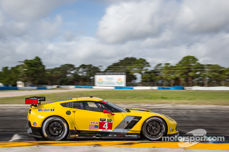 #4 Corvette Racing Chevrolet Corvette C7.R: Oliver Gavin, Tom Milner