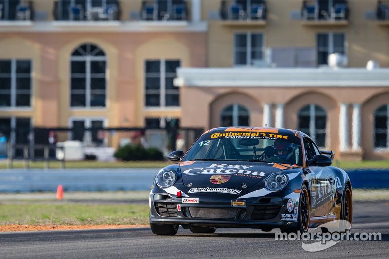 #12 Bodymotion Racing 保时捷 997: 安德鲁·巴克斯特, 肖恩·刘易斯, 迈克·巴瓦罗