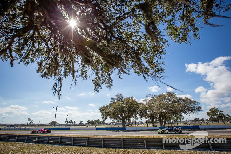 #42 OAK Racing 摩根 日产: 奥利弗·普拉, 古斯塔沃·亚卡曼, 阿历克斯·布伦德尔, #27 邓普希 Racing 保时捷 911 GT America: 乔·福斯特, 安德鲁·戴维斯