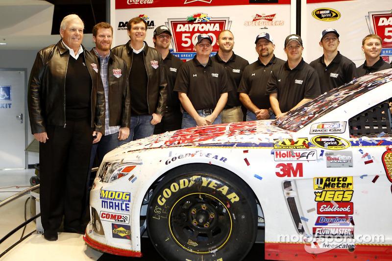 Şampiyonun kahvaltısı: Dale Earnhardt Jr.'ın takımı, Hendrick Motorsports Chevrolet