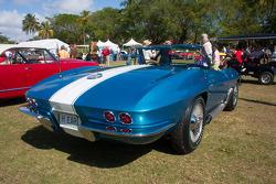 1963 Chevrolet Corvette Roadster/Shark coupe - Harley Earl