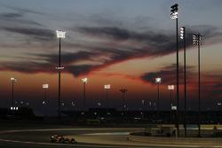 Fernando Alonso, Ferrari F14-T running under the lights at night time