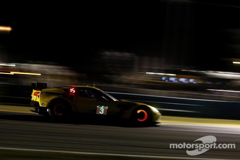 #3 雪佛兰克尔维特 Racing 雪佛兰 雪佛兰克尔维特 C7.R: 扬·马格努森, 安东尼奥·加西亚, 瑞恩·布里斯科