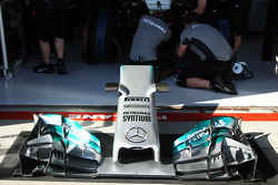Mercedes AMG F1 W05 front wing