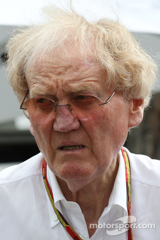 Ron Walker, Geschäftsführer der Australian GP Corporation