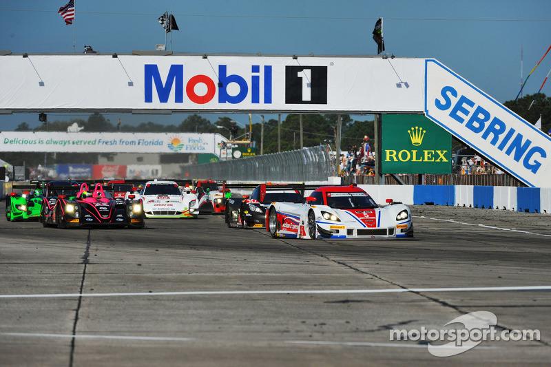 Via: #5 Action Express Racing Corvette DP Chevrolet: Joao Barbosa, Christian Fittipaldi, Sébastien Bourdais al comando