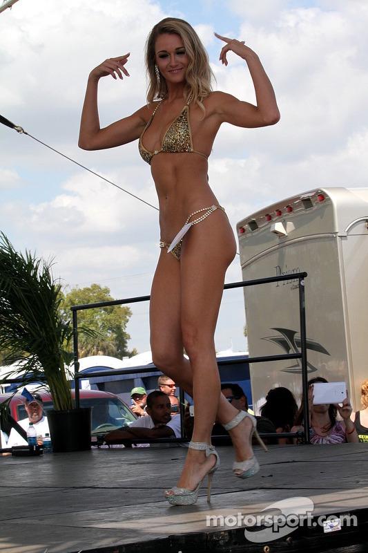 Sebring concurso de biquini