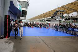 Sebastian Vettel, Red Bull Racing y Nico Rosberg, Mercedes AMG F1 Team