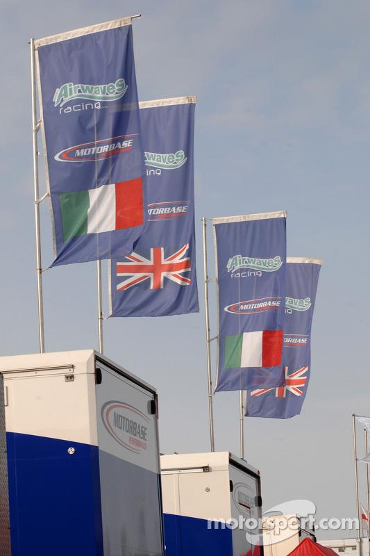 Bandeira da Airwaves Racing