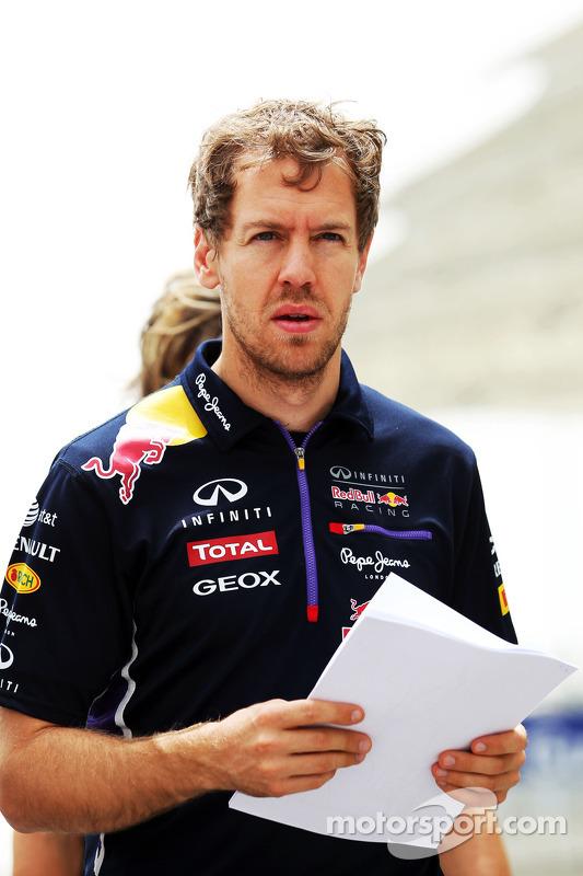 Sebastian Vettel, Red Bull Racing anda no circuito