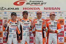 GT500 polesitters Kazuya Oshima, Yuji Kunimoto, GT300 polesitters Morio Nitta, Koki Saga