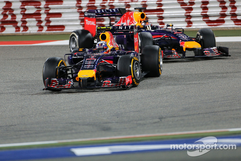Daniel Ricciardo, Red Bull Racing RB10; Sebastian Vettel, Red Bull Racing RB10