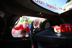 Tom Kristensen shows off the Audi to HRH Prince Michael of Kent