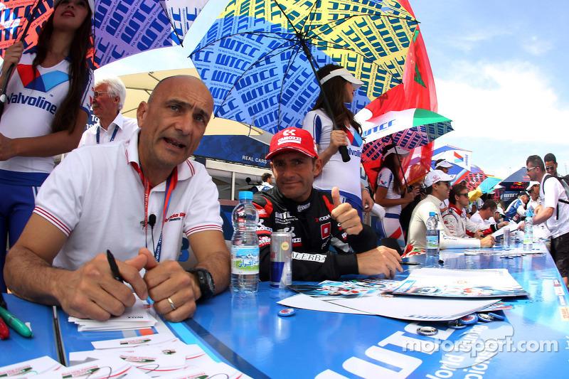 Gabriele Tarquini, Honda Civic WTCC, Castrol Honda WTC Team e Gianni Morbidelli, Chevrolet Cruze RML